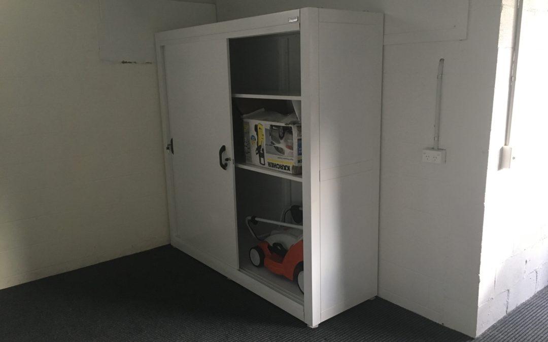 Beautiful Garage Cabinets – don't tell grandad!