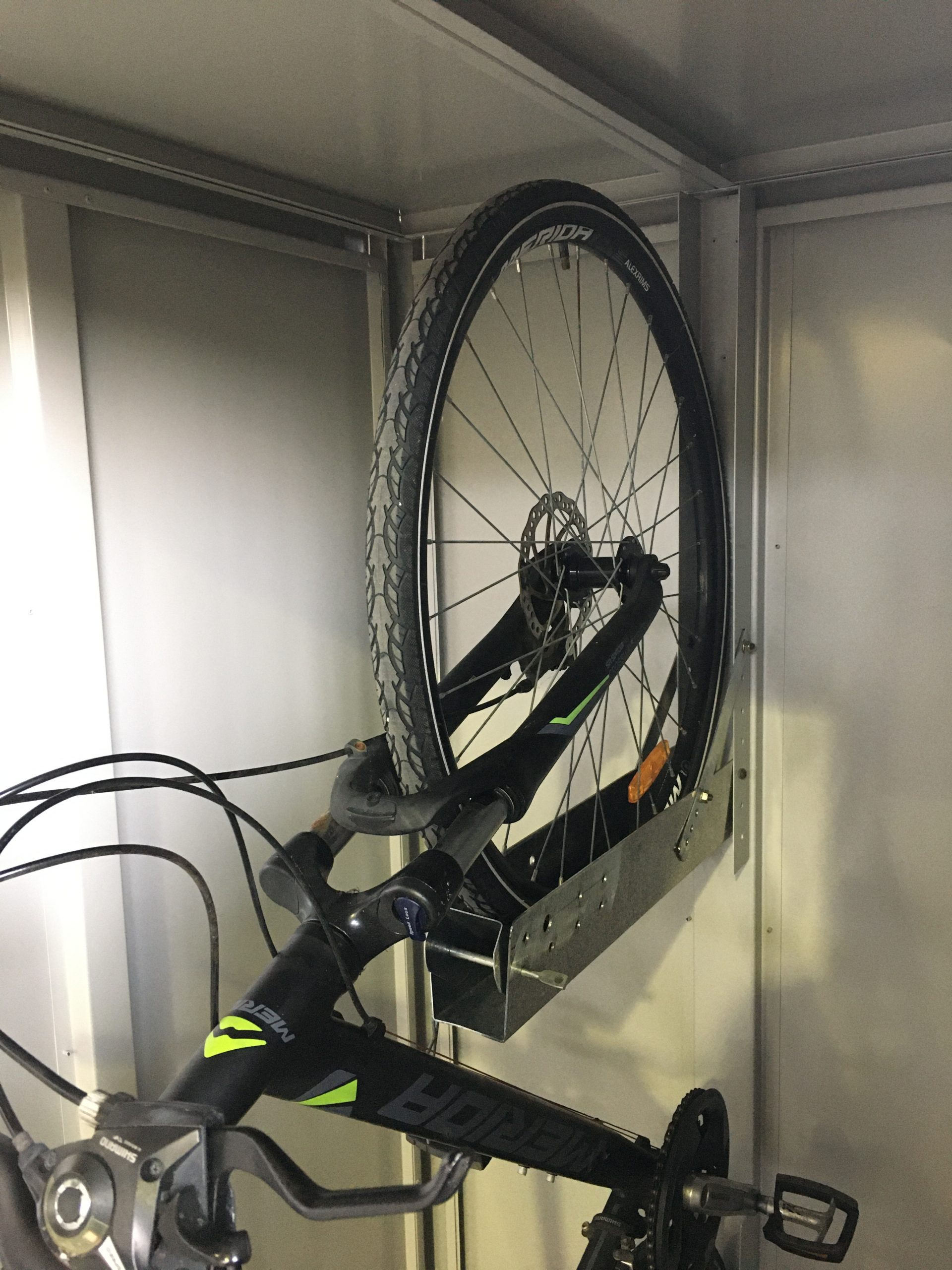 Jaloc Bike storage locker